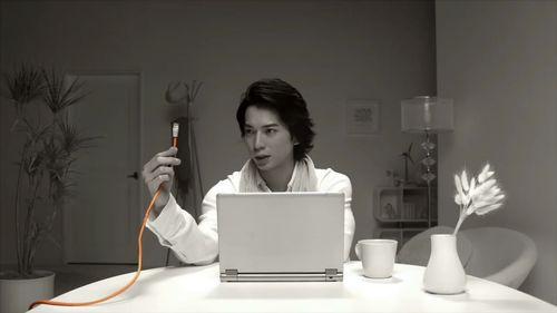 2011.11.20 PUB AU BY KDDI ひかり リビング篇A